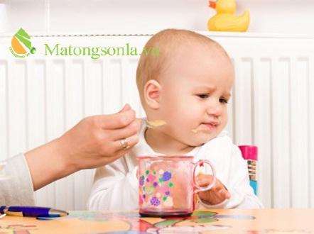 http://matongsonla.vn - Nguyên nhân gây ra chứng biếng ăn ở trẻ
